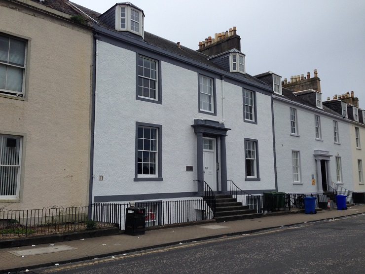 Refurbished high quality town centre office accommodation in Ayr to let