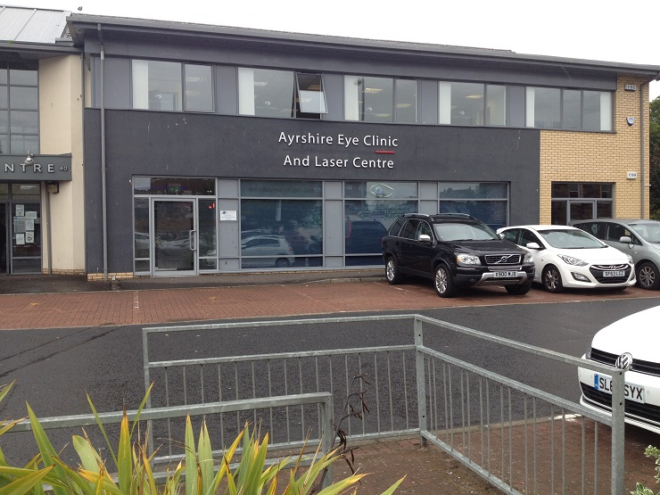 Modern purpose built clinic in Ayr to let