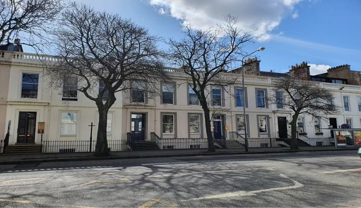 Full townhouse in Glasgow's West End with prime residential development potential for sale or lease