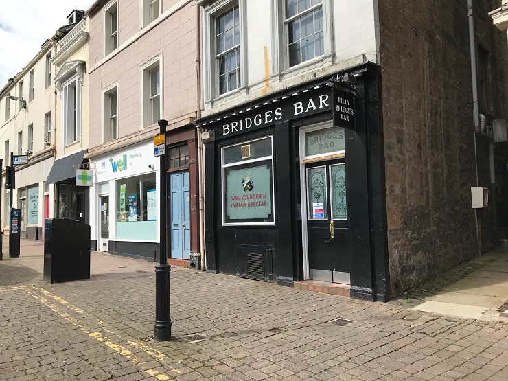 Well-known town centre bar in Ayr for sale