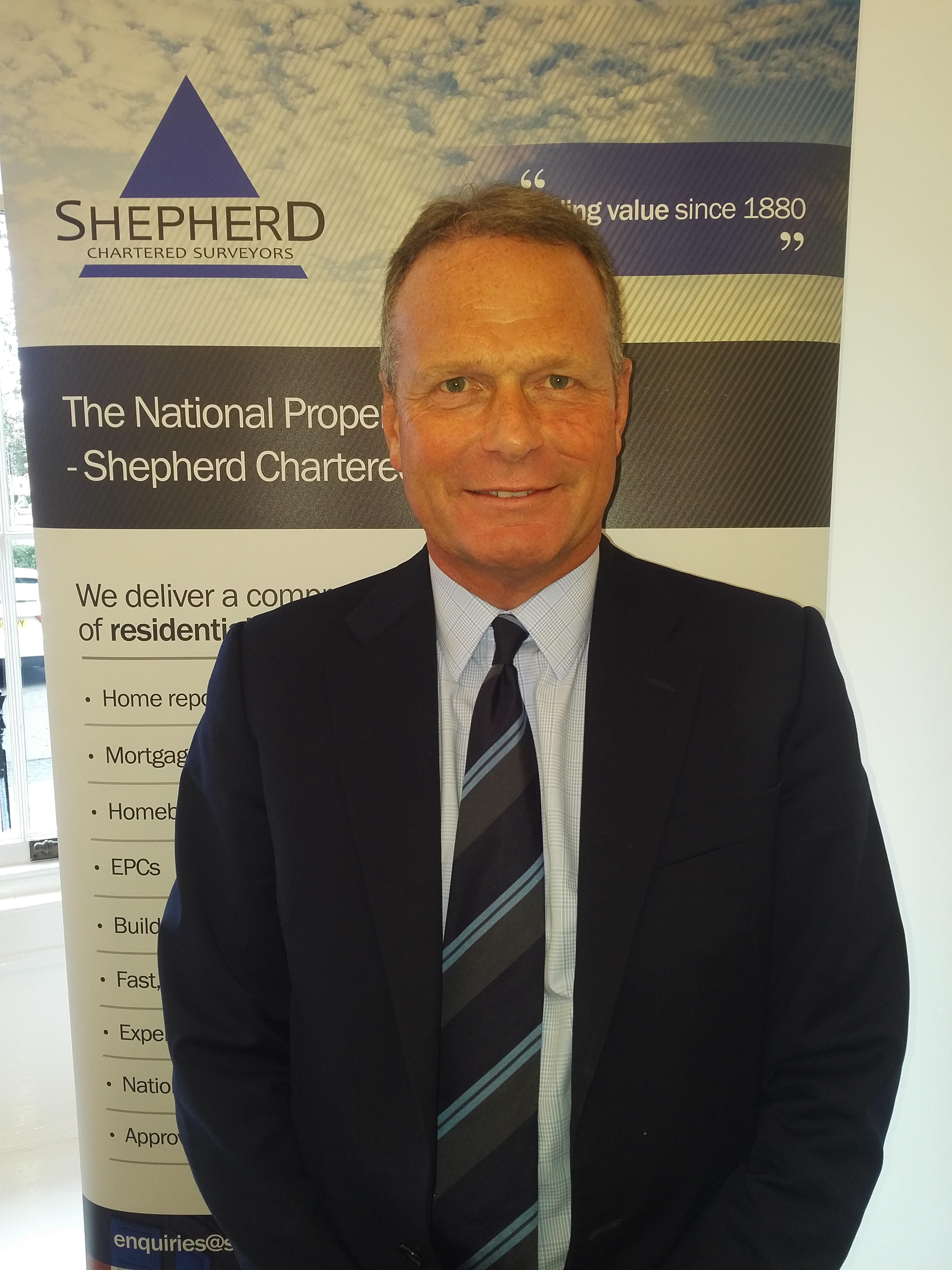 Shepherd donates £2,500 to Captain Tom's fundraising efforts for NHS