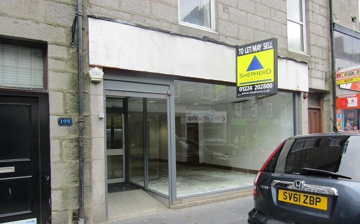Outlet on busy retail pitch in Aberdeen for lease or sale