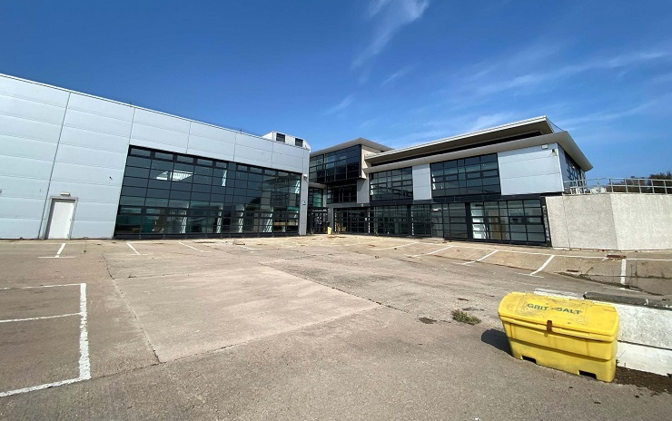 Substantial detached industrial facility on prominent corner location in established Aberdeen estate for sale