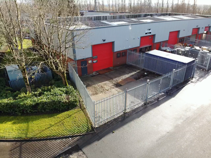 Three modern industrial units in Clydebank to let